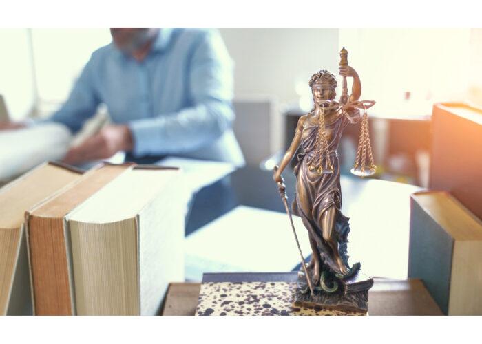 Erbrecht: Sittenwidrigkeit einer kurzfristige Erbeinsetzung einer Berufsbetreuerin